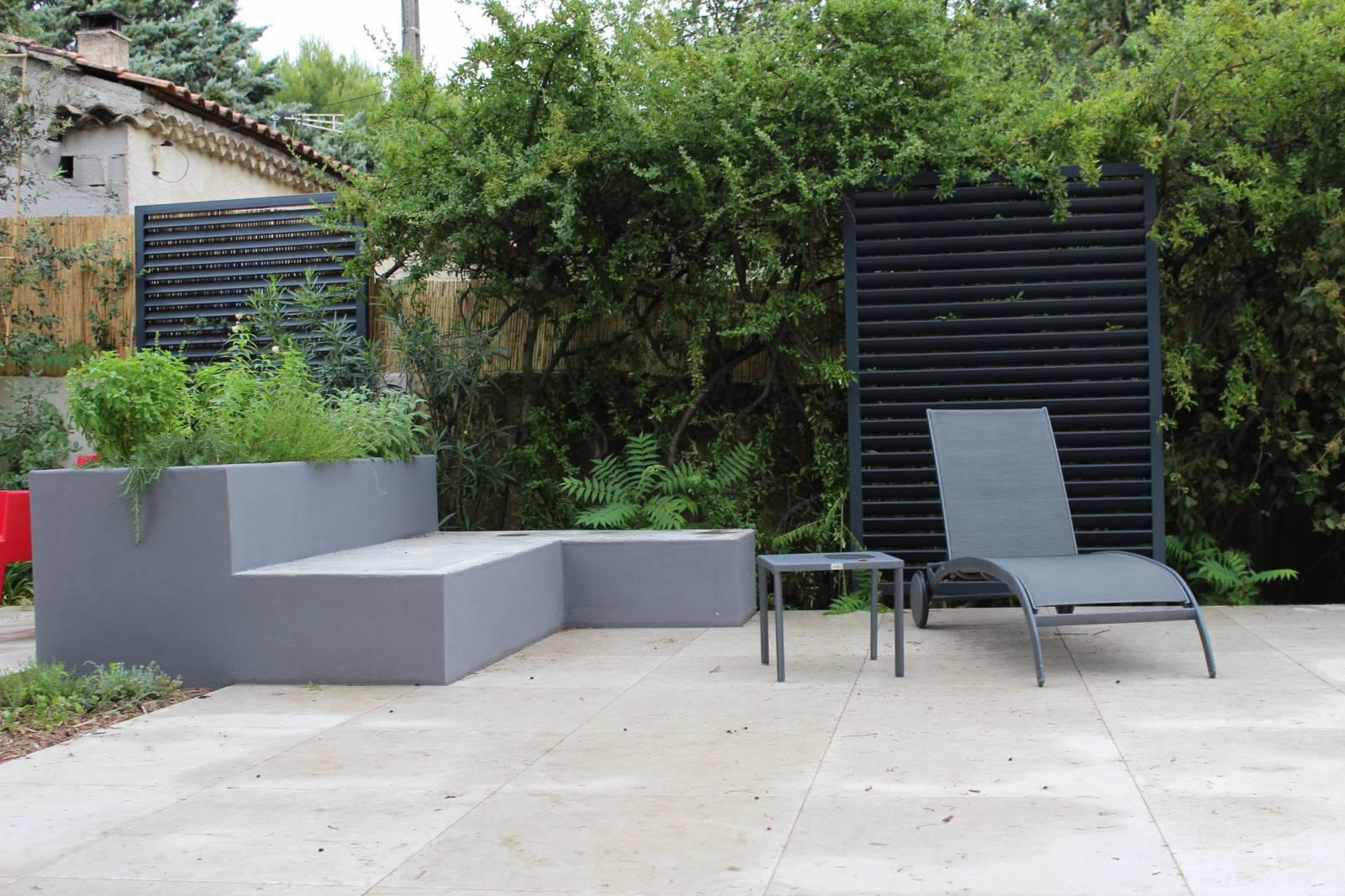 Aménagement d\'un jardin contemporain sur Les Angles ...